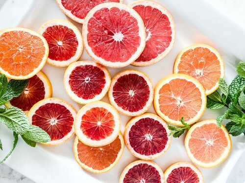 sliced pieces of  grapefruits