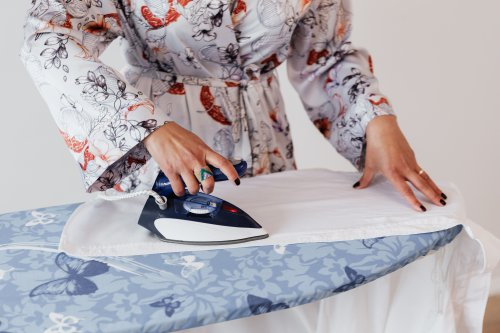 how to iron shirts